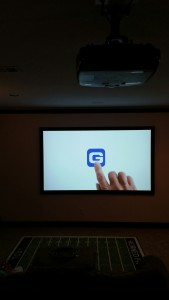 projector-screen-installation